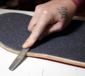 How to grip a skateboard deck